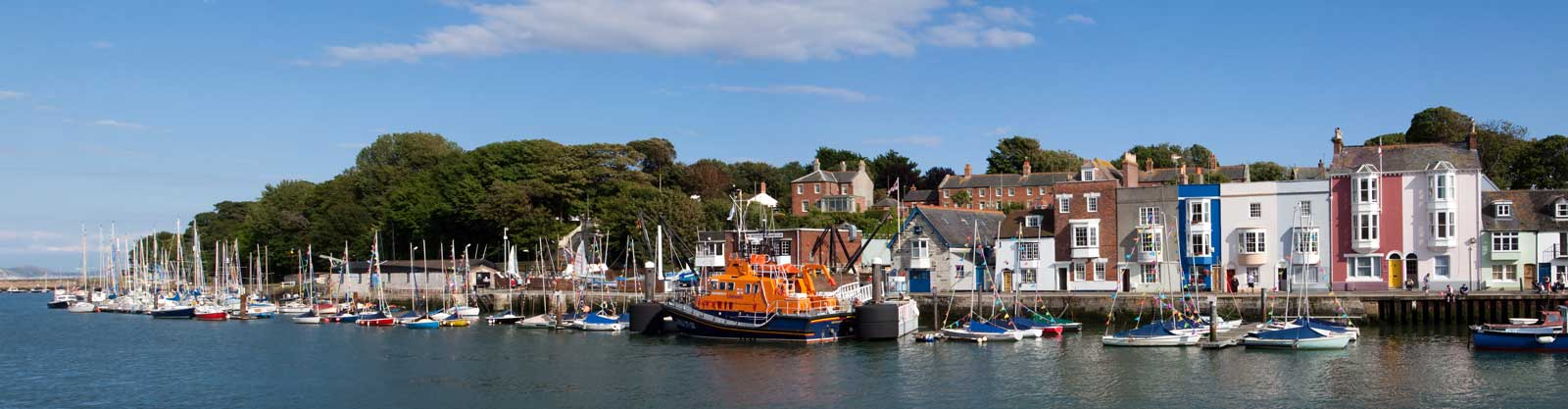 Weymouth-harbour-lifeboat.jpg